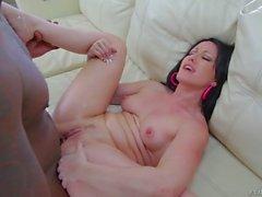 Jennifer Valkoisia toivoisi Valtavat Dickin