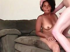 Jasmine enjoys a mouthfuck that is good when husband are at