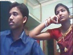 O par indiano Desi na cam