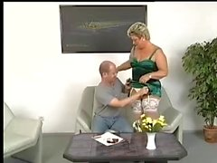 Chubby Mature Gets Kinky