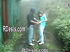 RDESIS.COM TEEN - When It Rains They Sex