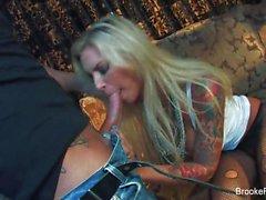 tetona rubia a Brooke bandera gusta a la intemperie