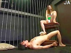 Admirable footjob in prison