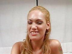 Oyeloca блондинки Latina рот киске задницу стучал