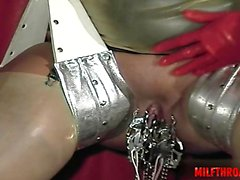 Wet pussy extreme gagging