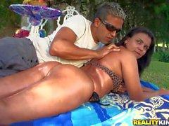 Deysy shows her big brazilian bottom to lucky guy