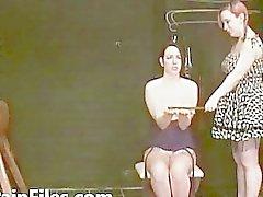 Boyun eğici Lyarah facial mum balmumu ve İşlemleri Eşcinsel