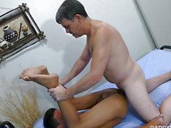 Toe engulfing dilf barebacking miniature pinoy