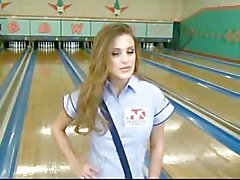Голые Bowling Боевая В Кассия Riley & Вивианом Чейза !