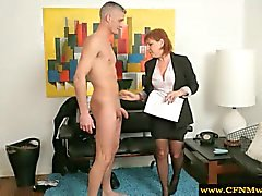 Conjunto de MILF MVHN sentir em cima naked guy