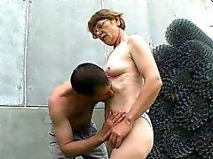 Horny Vanhat äiti Gets jotkut nuoret Lihan