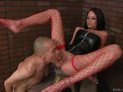 Raven Bay in red fishnet stockings gets eaten out