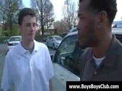 Ragazzi coi nere umilino ragazzi bianchi difficile il 26