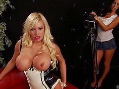 Bimbo blond in latex underware screwed as her allies see