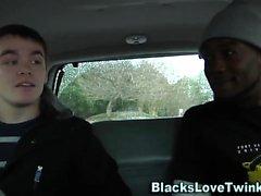 Jizzy twink siyah sürmek