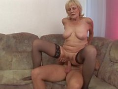 Blonde mature whore gets young cock in old corrugate cunt