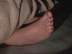 Sleepy Fetiche de pie y de dormir atractiva 101 pies