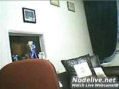 amatör Hazle räv blinkande bröst på live webbkameran