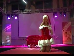 Hot redhead stripper Santa's cosplay