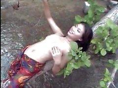 Душистый азиатских принцессами сексуальное видео показать нам, что они получил движение