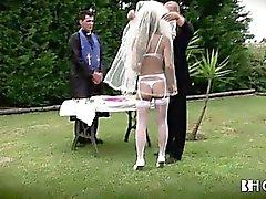 Big tits da noiva Português começa fodida duro