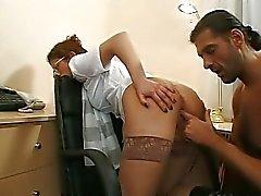 Anal toimistossasöpöläinen Mimi