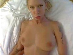 Brooke Banner fode estranhos do galo em Hotelroom