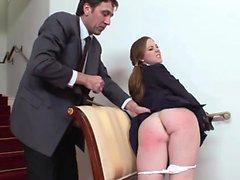 Scarlette Faye aime sucer son pénis