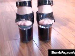 Kanadalainen Cougar Shanda Fay nai Näytetään Jalat & varpaat!