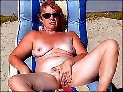 bir plaj 3 kraliçe