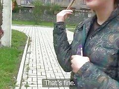 PublicAgent cute russo con bald figa rasata ottiene di cui