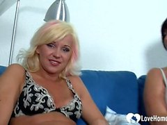 Threesome banging with two gorgeous old babes