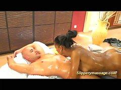 chocolade slippery nuru massage fuck