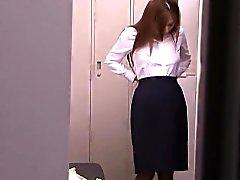 MILF Japanese Solo utilizando del vibrador al orgasmo
