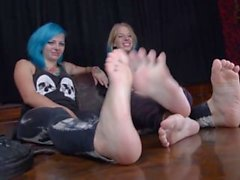 punk girls sock pov