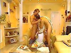 Bisexuels la FMM à cru fist Menage à Trois - de grands Ejaculation faciale