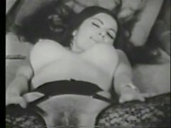 Vintage Tease - Evelyn