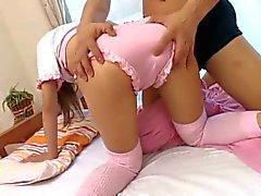 Asian Teen girl Wet chatte poilue obtient baisé avec Éjaculations internes