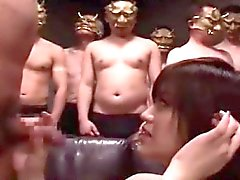 Милые японские девушки проигрывать Group Bukkake