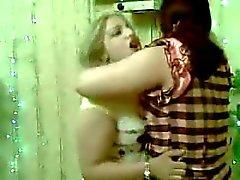 Riesen arabischen Hahn fickt in voller Lnge Stripper