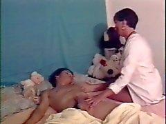 Aikuinen sairaanhoitaja