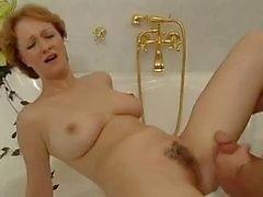 Hot redhead maduras