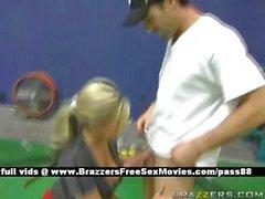 Super sexy blonde slut on a tennis court gets a blowjob