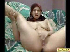 Heißeste arabische Das Mädchen mit hidschaab zu spielen ihre Muschi auf Nocken : Free Porn 94 Cam Girls - catherine.modelcam.i
