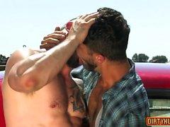 Muscle Homosexuell Analsex mit Gesichtsbesamung