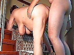 Brinquedos esposa amadores carnudos e suga e fica fodido