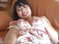 Reo Saionji busty babe in lingerie plays with her cunt