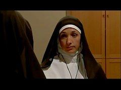 Jasmine Jem & Ariella Ferrera Les religieuses lesbiennes
