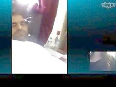 عبادى او عبد الله الحربى مدرس ينبع شاف كام تم تصويره ومعرفته رقم الجوال 009