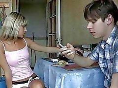 Порно девки ебут пацана россия62